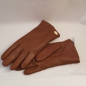 Gently Used Coach Beautiful Tan Leather Gloves